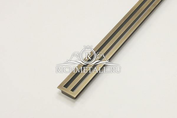 Щелевая решетка из шлифованной латуни для подоконника