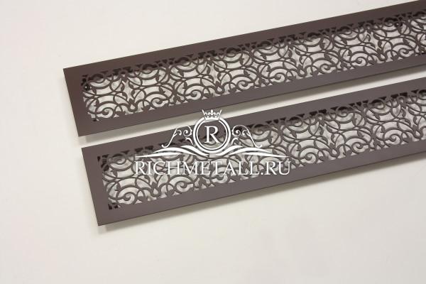 Крашеные стальные решетки с растительным орнаментом