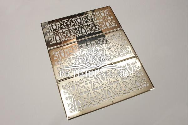 Марокканские узорные решетки с фаской из полированной зеркальной латуни