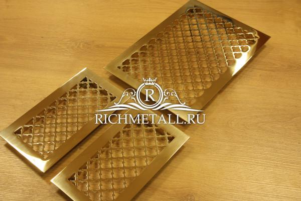 Решетки из полированной зеркальной латуни с классическим узором
