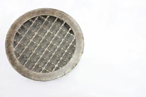 Круглая решетка под античное серебро