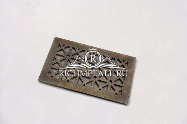 Алюминиевая решетка с декором под состаренную бронзу