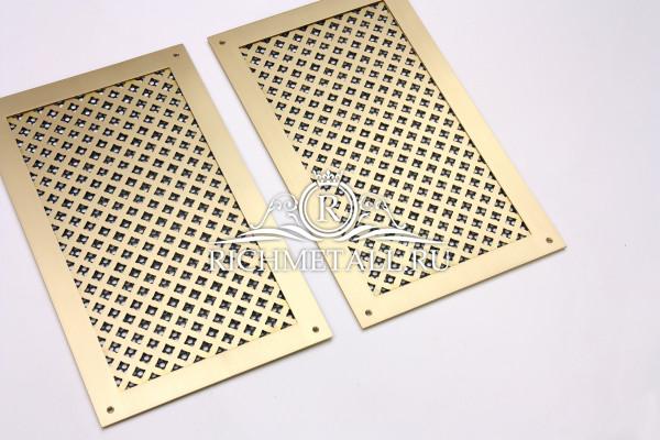 Плоские латунные решетки с узором вогнутые квадраты и с накладной рамкой
